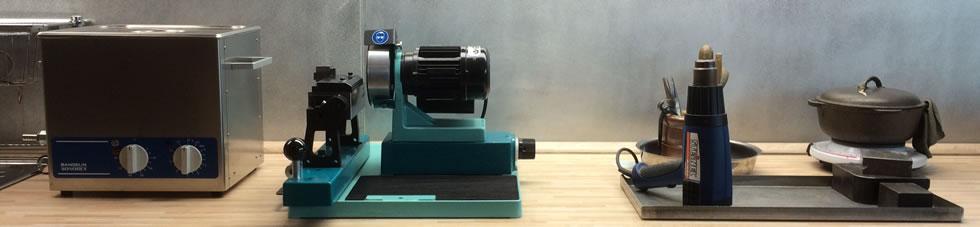 Fasserwerkstatt - Juwelenfasser Arbeitstresen - Ultraschall mit Kitbereich und Schärfsystem